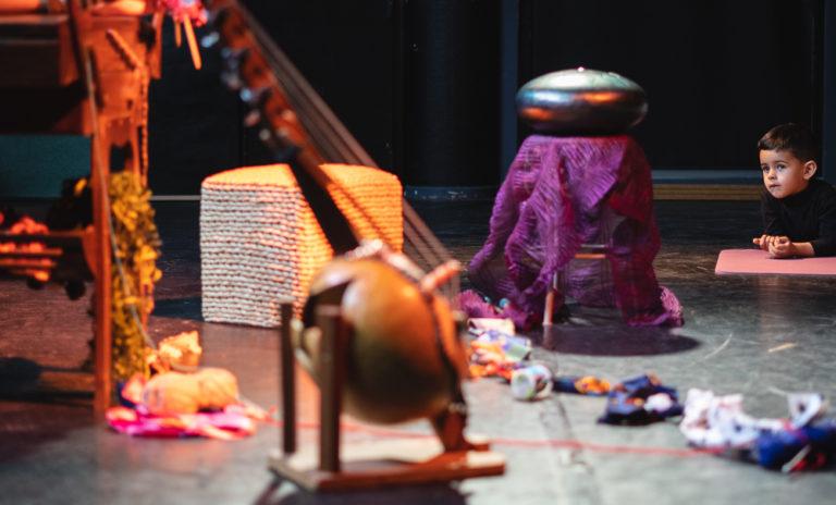 décor de scène Mina Bobine création spectacle vivant